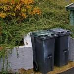Søppelkasser blir aldri pent, men...